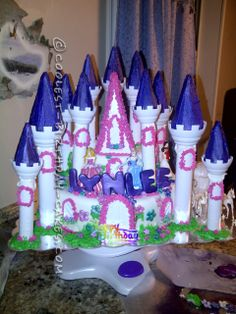 Coolest Homemade Castle Cake... This website is the Pinterest of birthday cake ideas