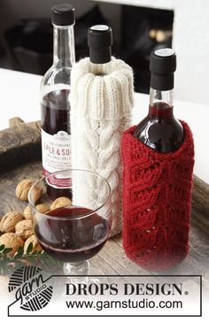"""DROPS Christmas: Knitted DROPS bottle cover in """"Nepal"""". ~ DROPS Design"""