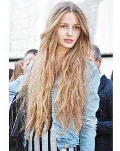 long long LONG! i want long hair!