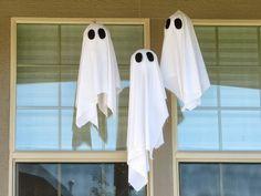 DIY Hanging Ghosts
