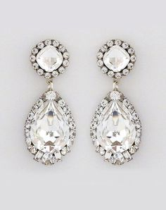 For our vintage Bride, here's the perfect piece! Perfect Details' Haute Bride Deco Glam Earrings