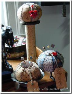 vintage pincushions, prim, pinkeep, pdf pattern free, craft