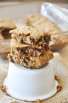 Chai-Spiced Oatmeal Raisin Bars