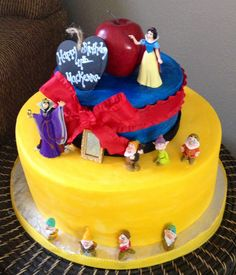 Snow White themed Happy Birthday Cake