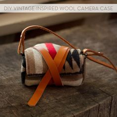 #DIY wool and leather camera bag/case