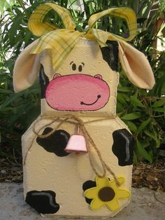 craft paver, cows crafts, painted bricks crafts, outdoor decor, cows decorations