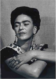 Frida Kahlo, photo by Man Ray