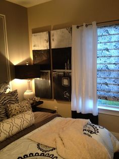 I finally got the Apartment DIY MiniBlinds/Roman Shades completed:)) Oohrah