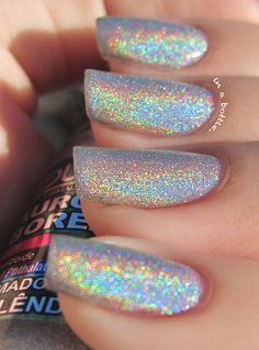 Ludurana Aurora Boreal Holographic by Gems in a bottle. nails