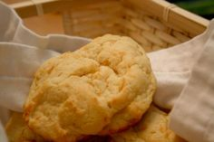 Easy Red Lobster Cheddar Bay Biscuit Copycat Recipe