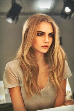 Cara Delevingne! I am in LOVE with (and jealous of) her beautifully bold and natural brows! Gorgeous!