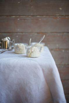 Ostakaka, a Swedish Cheesecake // Portionblog.com