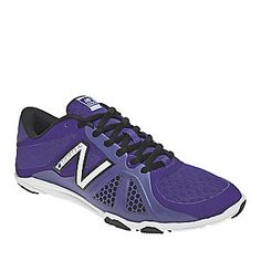 New Balance Women's WX20v2 Minimus Cross Training Shoes. Smarts: Provides stability, flexibility. FootSmart.com