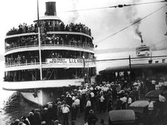 Boblo Island boat Columbia at the boarding dock - Detroit News archives