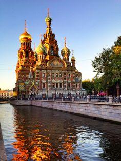 Church of the Savior in Russia >>> Love Russian buildings!!