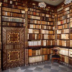 A corner of the Brixen/Bressanone college library (Italy)   Impressive door!