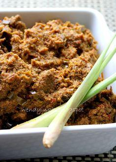 Beef Rendang - lemongrass ahem