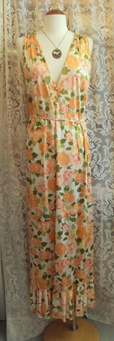 Vintage 1970s Floral Nightgown and Robe Set, RetroRosiesVintage on Etsy