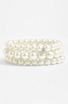 Such a beautiful three strand pearl bracelet.