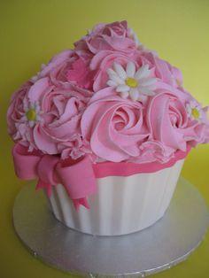 smash cakes, decorated cupcakes, cake smash, giant cupcakes, bow, decorated cakes, cupcake cakes, fondant flowers, birthday cakes