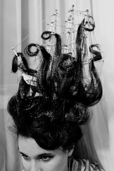Now that's a hairdo. Hair made to look like waves and a pirate ship on top of your head. Maybe could dye your hair blue and green and have part of it look like an octopus. kraken, halloween costumes, halloween hair, tall ships, costume ideas, crazy hair days, hairstyl, sea monsters, halloween ideas