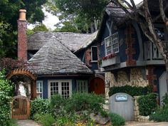 Windamere is another Comstock cottage in Carmel, with its most eye-catching and distinguishing feature clearly being its unusually textured roof. The cedar shingles were steam-bent to curve and meander along the surfaces of the roof, a skill that is not easy to find among today's craftsmen.