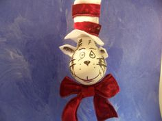Pdf instant download  christmas ornament cat in the hat painting pattern recycled lightbulb