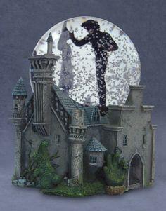 Edward Scissorhands Snowglobe