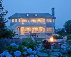Peace of the Rock Coastal Home Rhode Island PSDS (8)Hooked On Houses