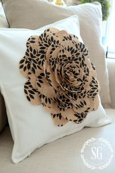 NO SEW BURLAP FLOWER