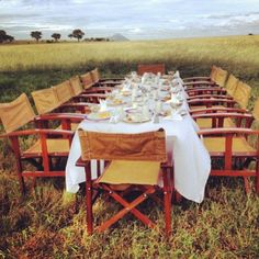 A bush breakfast in Kenya after an early morning safari. #travel #Africa #Kenya