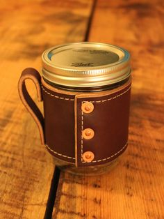 Holdster Model 02 Rivet Leather Mason Jar Mug