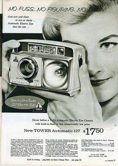 1961 sears: tower automatic  #camera #sears #searstower #tower127 #photography #photographyhistory #camerahistory