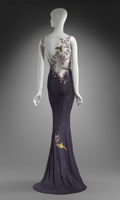 Beautiful hummingbird dress by John Galliano.  Worn to the Oscars in 1999 by Cate Blanchett.