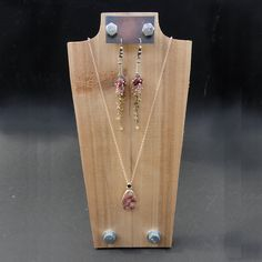 Jewelry Display 10 Necklace Display with Earring by NolaSpirit, #organization #jewelry #DIY