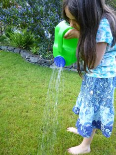 DIY Plastic Jug Watering Can via @Trash Alou Alou Backwards & @Karen Jacot Mitchell Packaging Group #reuse