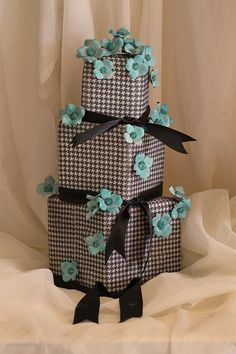 hounds tooth by Tammie Coe Cakes, via Flickr