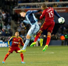 Alvaro Saborio leaps for the ball in the MLS Cup Final at Sporting Park in Kansas City. (Trent Nelson  |  The Salt Lake Tribune)