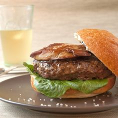 Good lord... Foie Gras, Truffle Butter and Kobe Beef Burger -> proof that some of the best things in life aren't free