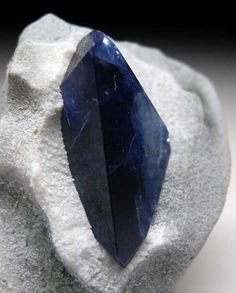 Benitoite - Gem Mine, San Benito Co., California mw