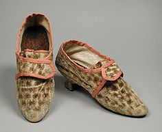 Silk velvet and leather shoes, French, ca. 1765-1775.