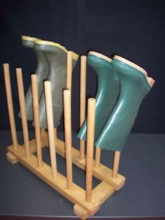 HANDMADE WOODEN 6 PAIR WELLY BOOT RACK WELLINGTON STAND