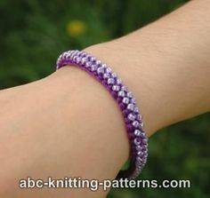 Ravelry: Friendship Bead Bracelet pattern by Elaine Phillips