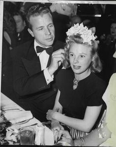 1946 Dick Powell & June Allyson at Club Mocambo in Hollywood Press Photo