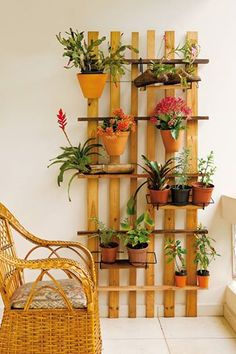 Varandas decoradas on pinterest balconies small - Pedestal para plantas ...