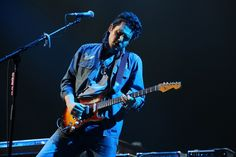 John Mayer gets lost in paradise valley during a performance on July 2 in #Philadelphia