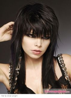 Emo Layered Haircut  Emo Girl Hairstyles pictures     This cutting edge Emo layered haircut looks stunning when paired with long locks. The choppy sections will enhance your tresses with a tint of urbane chic.