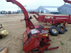 New Holland 782 harvester salvaged for used parts. Millions of new, rebuilt and used parts in our 7 huge salvage yards. For parts call 877-530-4430 or http://www.TractorPartsASAP.com