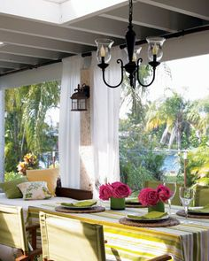 florida room designs. I like the way there is both dining and living space. Things we will do on our lanai