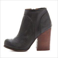 boot, chunk heel